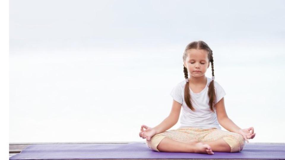 1ff0fcb785c5 Yoga bambini - Centro Sentieri di Luce